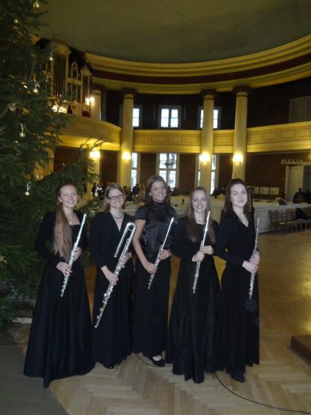 """22.12.2013. flautu ans. """"'Con anima""""pēc koncerta Rīgas Jēzus Evanģēliski luteriskajā baznīcā"""
