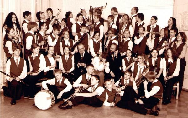 Skolas pūtēju orķestris